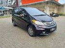 Butuh dana ingin jual Honda Freed E 2015