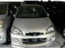 Jual cepat Daihatsu YRV Deluxe 2001 Hatchback