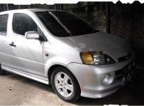 Daihatsu YRV Deluxe 2004 Hatchback