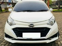 Jual Daihatsu Sigra Type X 2016 Nego