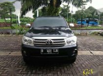 Toyota Fortuner G 2.5 AT 2010