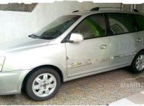Jual mobil Kia Carens Manual tahun 2004 Jawa Timur