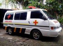 Mazda E2000 Ambulance 2003