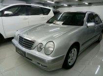 Mercedes-Benz E240 W210 2000 Sedan