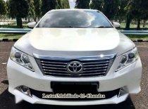 Jual mobil Toyota Camry V 2013 siap pakai