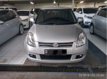 Dijual mobil Suzuki Swift GL 2006 Hatchback