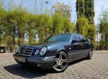 Jual mobil Mercedes-Benz E320 AT Tahun 1997 Automatic