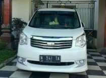 Jual Mobil Toyota Nav 1 2.0 V Automatic Tahun 2013