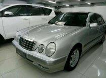 Dijual Mercedes Benz E240 Manual Tahun 2000