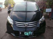 Jual mobil Honda Freed E 2010