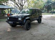 Jeep Cherokee 2500 Cc Tahun 2000