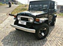 Jual mobil Toyota Hardtop1990