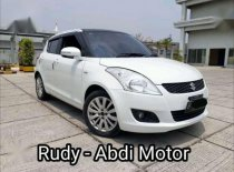 2015 Suzuki Swift GX dijual