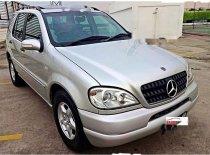 Mercedes-Benz ML320 2000 Dijual