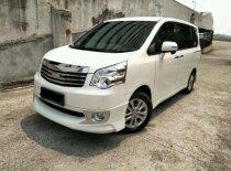Jual Toyota NAV1 V Limited AT 2015