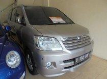 Jual Toyota Noah  2004