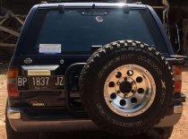 Butuh dana ingin jual Nissan Pathfinder  1997