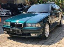 Butuh dana ingin jual BMW 323i  1997