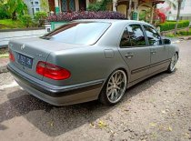 Jual Mercedes-Benz E260 Elegance kualitas bagus