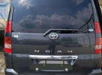 Toyota Noah  2004 Minivan dijual