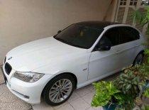 Butuh dana ingin jual BMW 3 Series 320i 2010