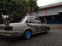 Butuh dana ingin jual Toyota Cressida  1988