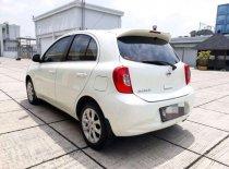 Butuh dana ingin jual Nissan March  2015