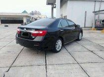 Butuh dana ingin jual Toyota Camry Hybrid  2013