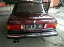 Butuh dana ingin jual BMW 3 Series 318i 1988
