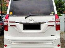 Toyota NAV1 V 2015 Minivan dijual