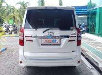 Toyota NAV1  2015 MPV dijual