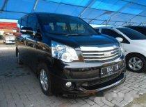 Toyota NAV1 V 2013 Wagon dijual