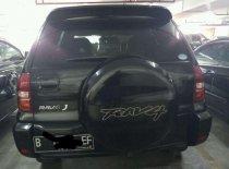 Butuh dana ingin jual Toyota RAV4 LWB 2005