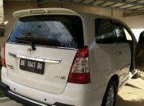 Butuh dana ingin jual Toyota Kijang Innova V 2012