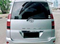 Toyota Noah  2005 Minivan dijual