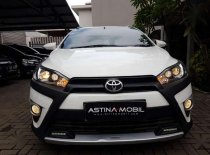 Butuh dana ingin jual Toyota Yaris Heykers 2017