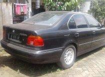 Butuh dana ingin jual BMW 5 Series 528i 1997