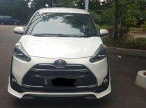 Toyota Sienta Q 2016 Van dijual