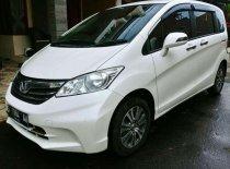 Butuh dana ingin jual Honda Freed A 2012