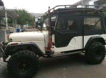 Butuh dana ingin jual Jeep CJ  1977