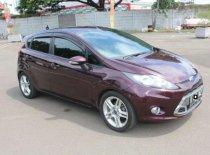 Butuh dana ingin jual Ford Fiesta Style 2011