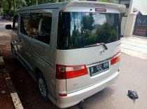 Butuh dana ingin jual Daihatsu Luxio X 2009