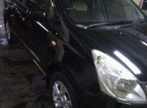 Butuh dana ingin jual Nissan Grand Livina XV 2000
