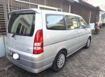 Nissan Serena  2010 Minivan dijual