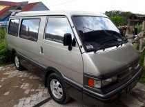 Jual Mazda E2000 2000, harga murah