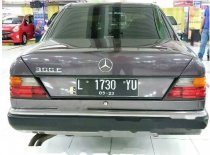 Mercedes-Benz 300E  1993 Sedan dijual