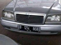 Butuh dana ingin jual Mercedes-Benz C-Class C 180 1995