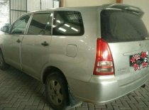 Butuh dana ingin jual Toyota Kijang Innova E 2008