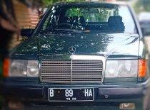 Jual Mercedes-Benz E-Class E 300 1988