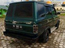 Butuh dana ingin jual Toyota Kijang  1993